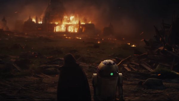 Luke and R2-D2 appear in Star Wars 8.. but is it a flashback? - Credit: Lucasfilm