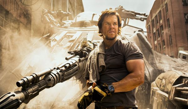 Mark Wahlberg strikes out with Transformers: The Last Knight (Credit: Paramount Pictures)