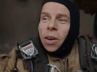 Warwick Davis filming Star Wars: The Force Awakens (Credit: Lucasfilm)
